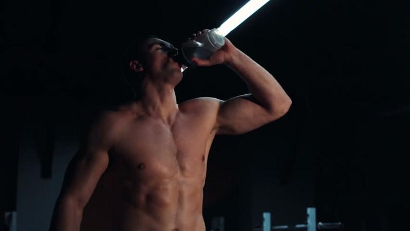 Qué bebidas debes consumir en los entrenamientos de verano